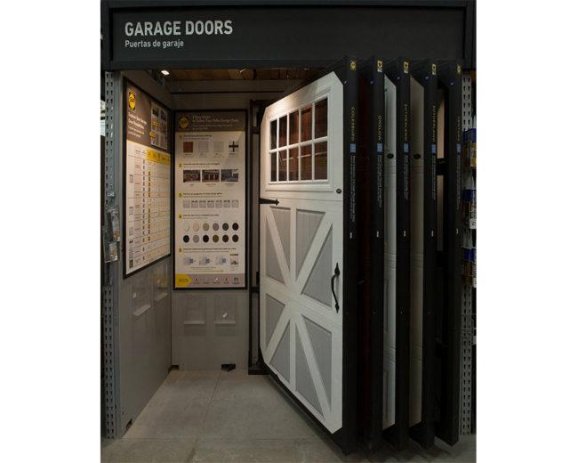 Garage Door Merchandiser